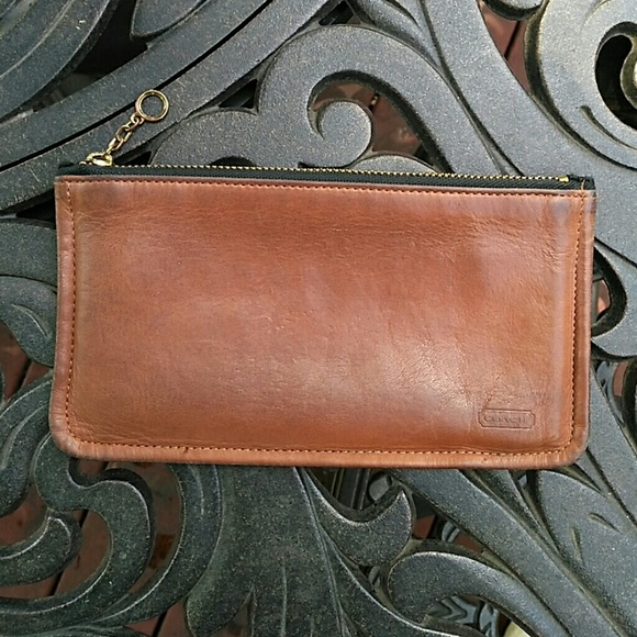 the best attitude 276b8 ba6ca Coach Vintage British Tan Leather Skinny Case